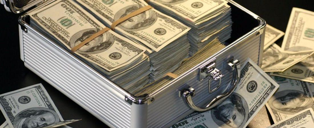 Как легально вывести деньги с расчетного счета ООО